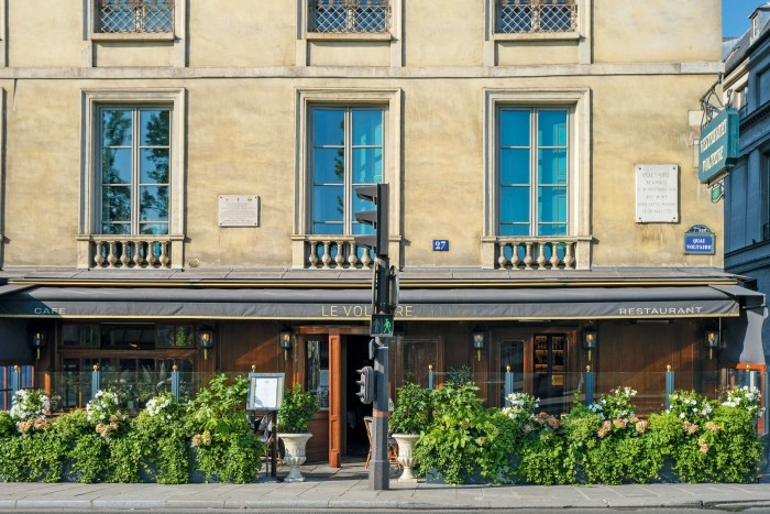 D'Ornano visits Le Voltaire for classic French food