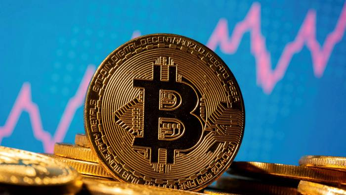 Bitcoin surges past ,000 as record-breaking rally resumes