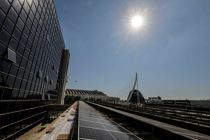 Some of the 1,600 solar panels installed on Valencia's judicial buildings this year
