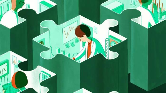 Ahora que se ha probado el ARNm, los defensores dicen que la tecnología podría implementarse para tratar una multitud de enfermedades, desde el cáncer y la fibrosis quística hasta el VIH y los defectos cardíacos.