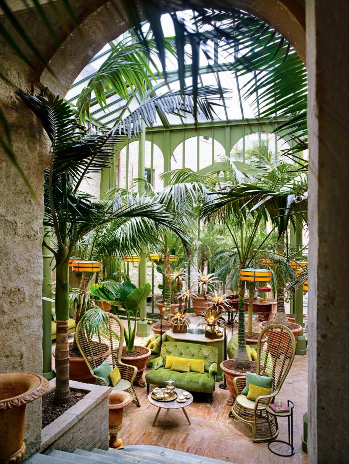The conservatory-courtyard