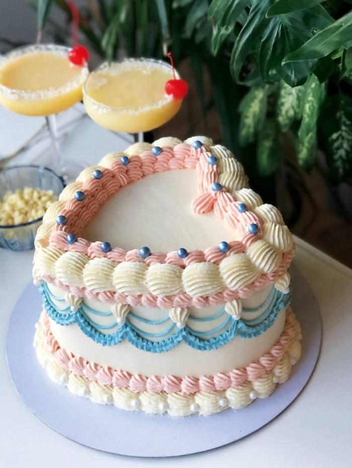Noonchi Cake Sweetheart cake, £60