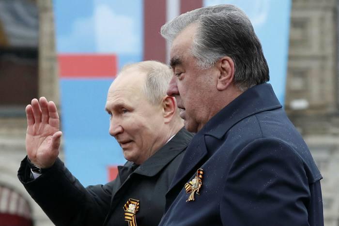 Russian President Vladimir Putin and President of Tajikistan Emomali Rahmon