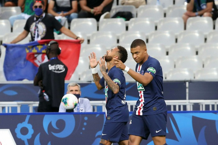 Stars of the show: strikers Neymar and Kylian Mbappé