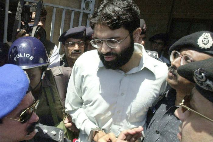UK-born Ahmed Omar Saeed Sheikh outside a court in Karachi in 2002