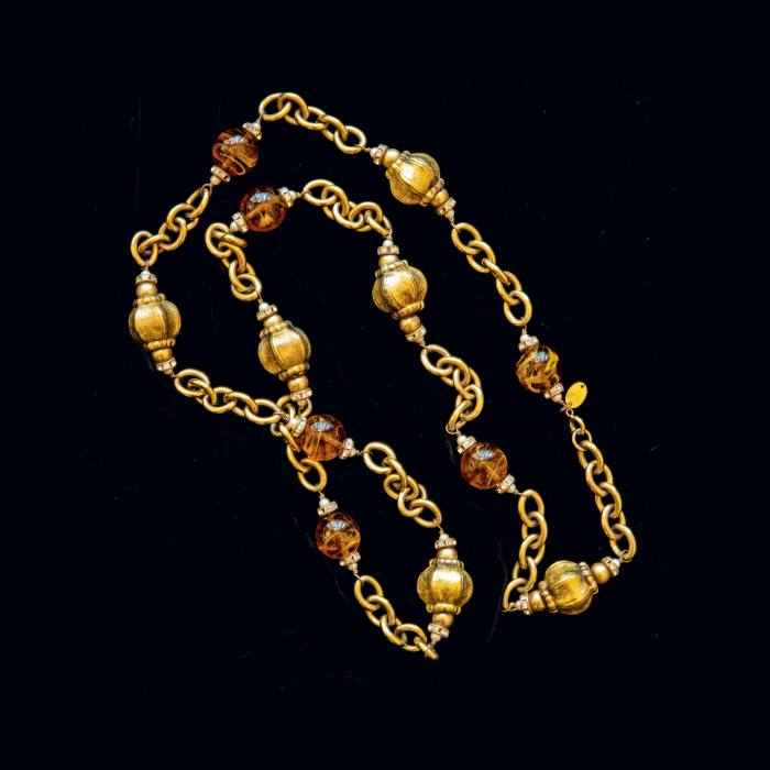 Pei's necklace that was once owned by Coco Chanel