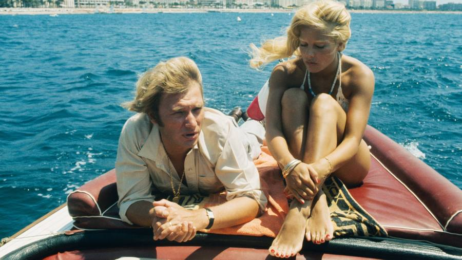 Will you join the rush for retrotastic speedboats?