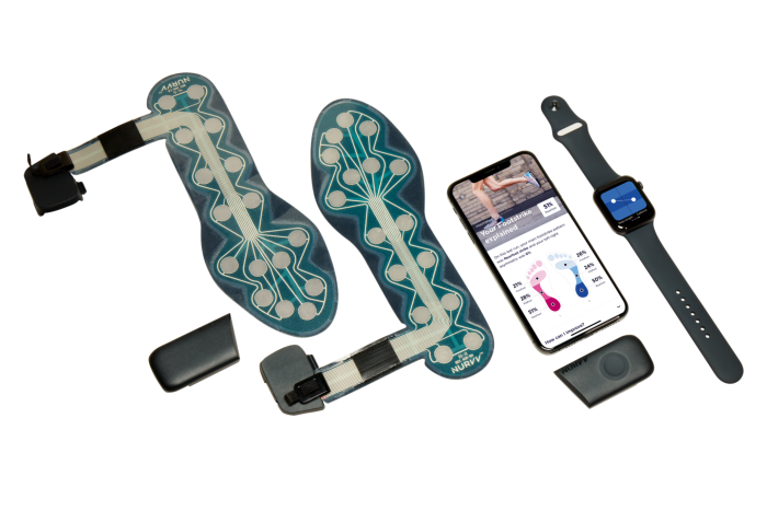 Nurvv Run comprises two running-shoe insoles, each equipped with pressure-measuring sensors, which are connected toa tracker clipped to the side of the shoe