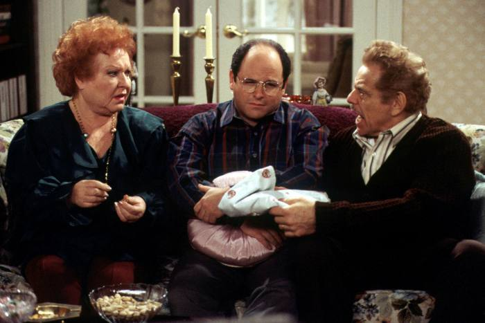 Jason Alexander as George Costanza with Estelle Harris and Jerry Stiller as his parents in 'Seinfeld'