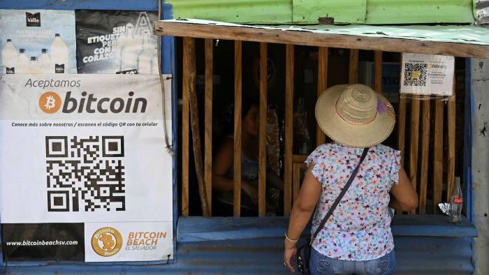 paga apple contro la bitcoin