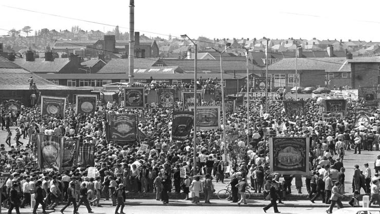 Miners' strike...Embargoed to 0001 Monday March 3 							File photo dated 14/05/1984 of a mass rally of striking miners in Mansfield, Nottinghamshire. PRESS ASSOCIATION Photo. Issue date: Monday March 3, 2014. The miners' strike started in Yorkshire in early March 1984 and within days half the country's mineworkers had walked out in protest at pit closures. Most of the UK's 190,000 miners were soon embroiled in a daily routine of picketing outside collieries, most of which had ground to a halt. During the strike, an estimated 20,000 people were injured or admitted to hospital, including NUM leader Arthur Scargill, while around 200 served time in prison or custody. Two men were killed on picket lines. The strike began after an announcement by National Coal Board chairman Ian MacGregor that four million tonnes of capacity, leading to a loss of 20,000 jobs, was to be taken out of the industry. The miners returned to work after a year of confrontation. See PA story INDUSTRY Miners. Photo credit should read: PA Wire