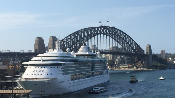 Australia confronts a cruise-ship dilemma in Sydney Harbour - Nikkei