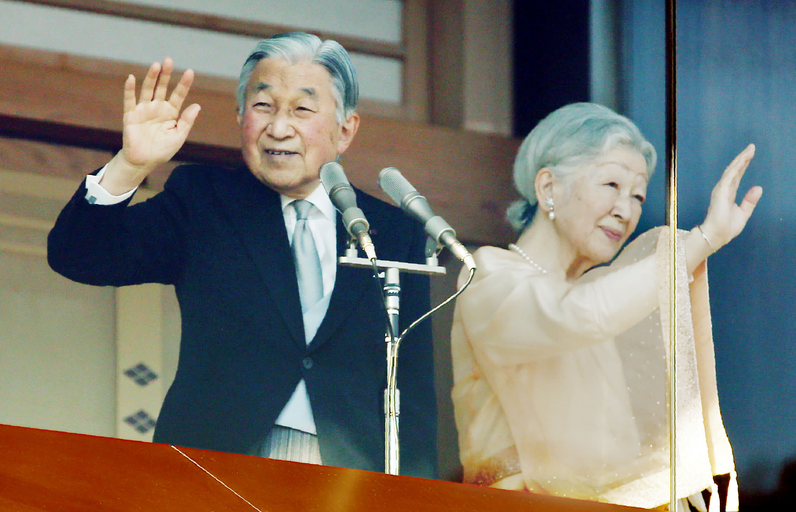 Japanese emperor's abdication: 6 things to know - Nikkei Asian Review