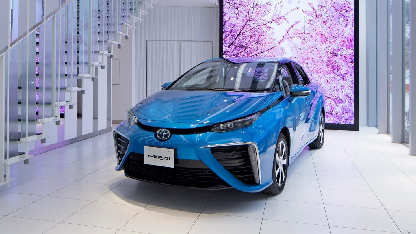 Toyota to halve costs of fuel cell cars' core components