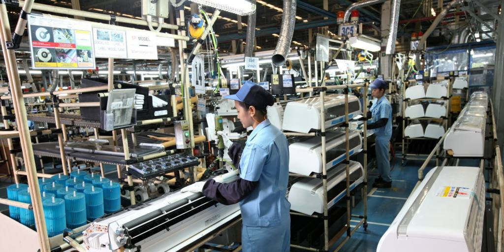 Japan's Air Conditioner Makers Boosting Production In Asia