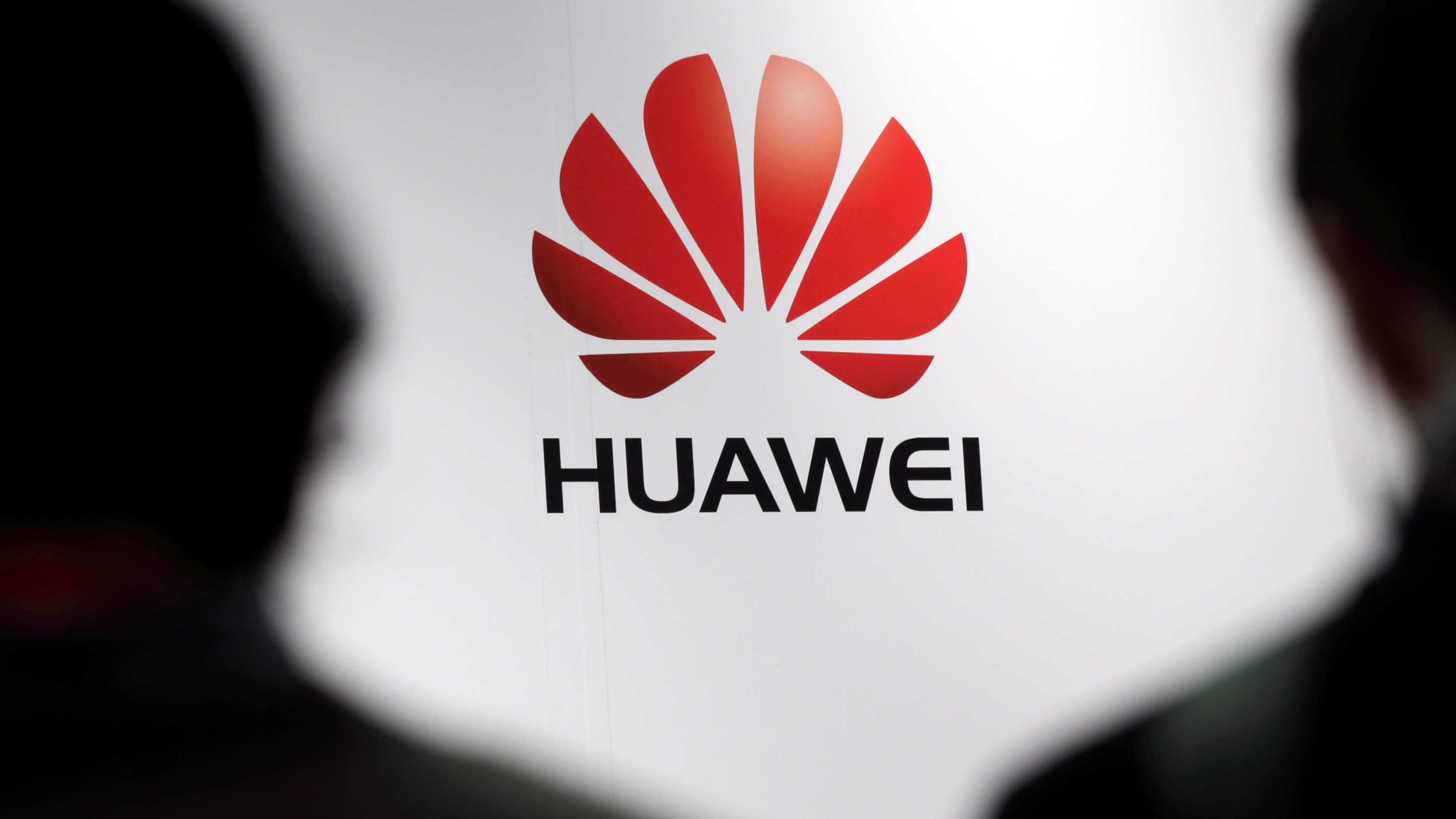 US to bar telecom equipment from Huawei and ZTE - Nikkei Asian Review