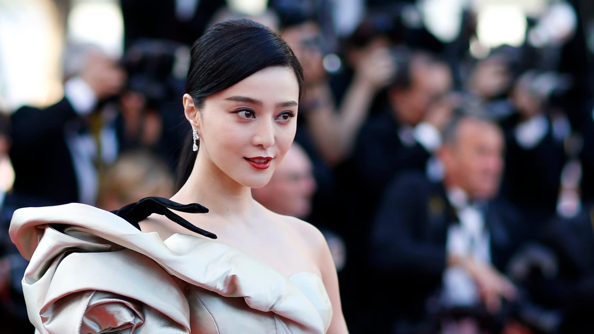 Beijing Targets Superstars Following Fan Bingbings Epic Tax Fine