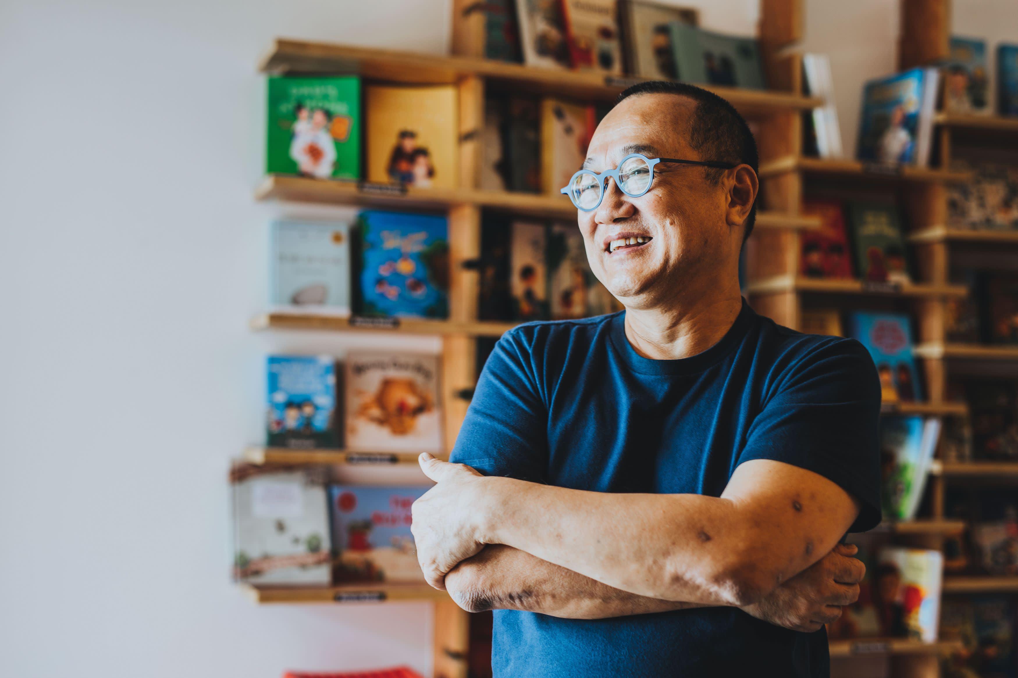 Singapore's rebel bookseller seeks new narrative - Nikkei
