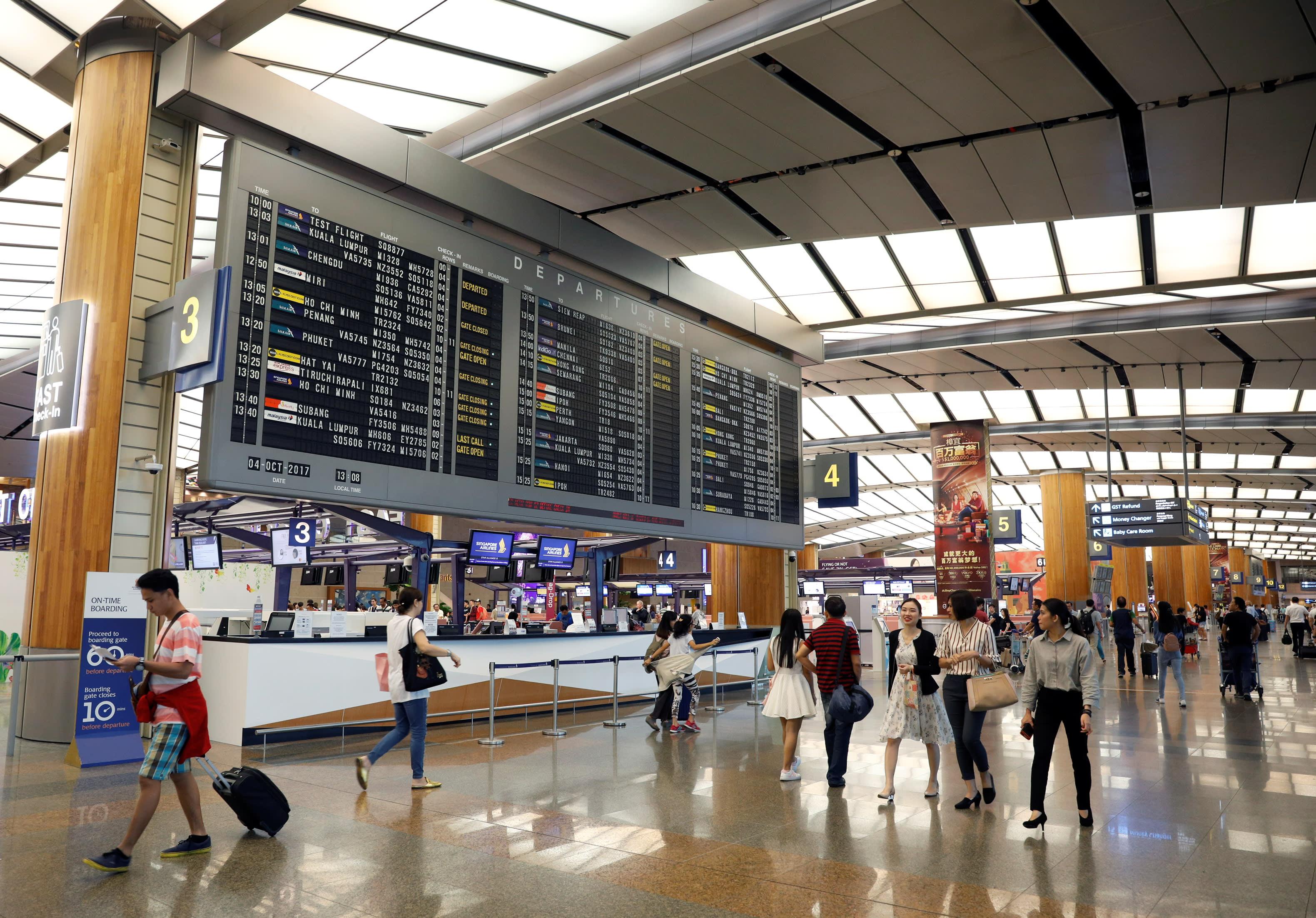 Singapore eyes 30% stake in Manila airport expansion - Nikkei Asian