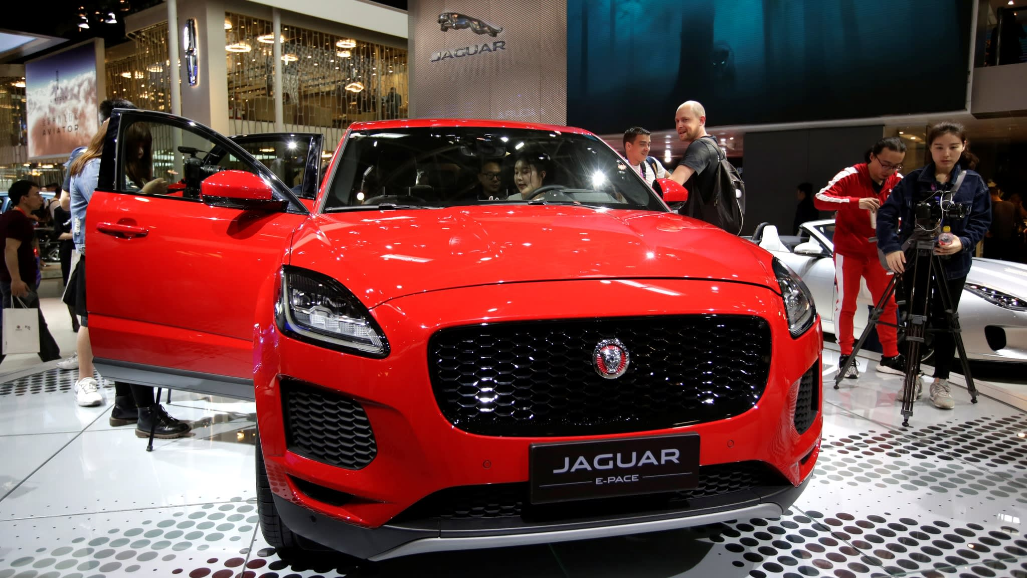 Tata Sees Jaguar Luxury Car Sales Fall For Th Month In US Nikkei - Luxury car show