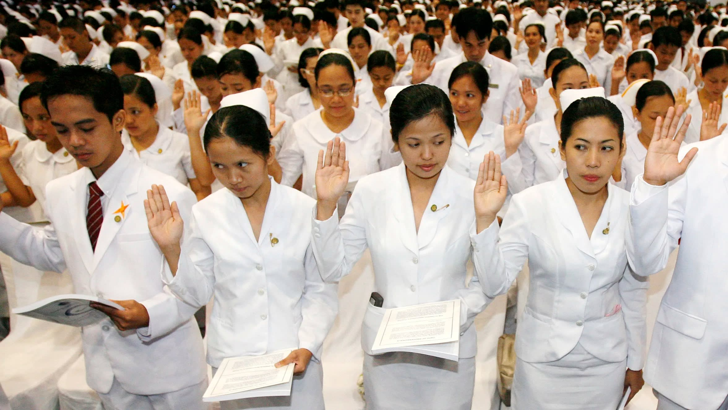 Nine Out Of 10 Largest Hospital Trusts Short Of Nurses >> Uk Turns To Asia For Nurses To Cover Staff Shortages Nikkei Asian
