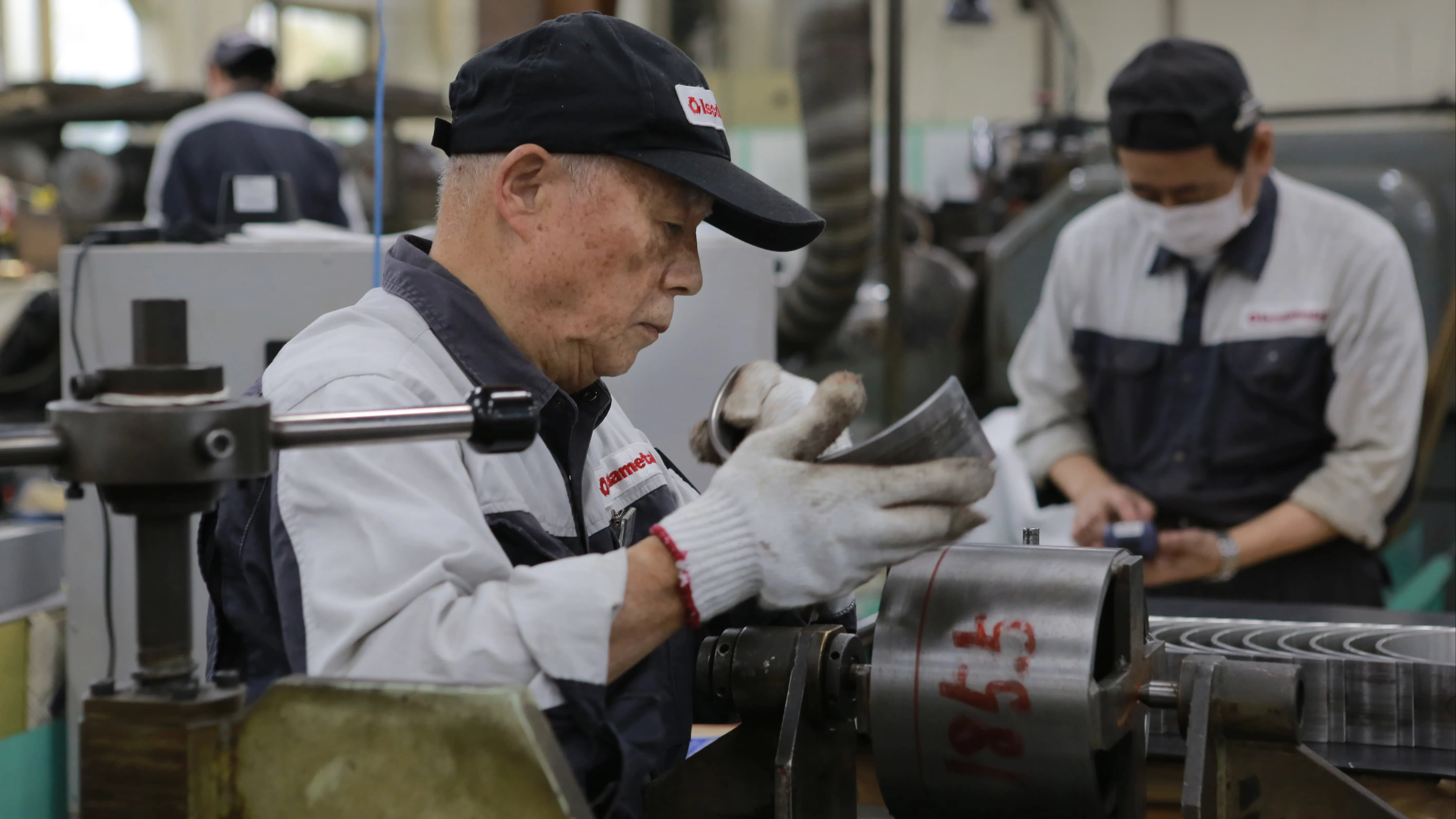 Aging Asia rethinks retirement to pursue 'productive