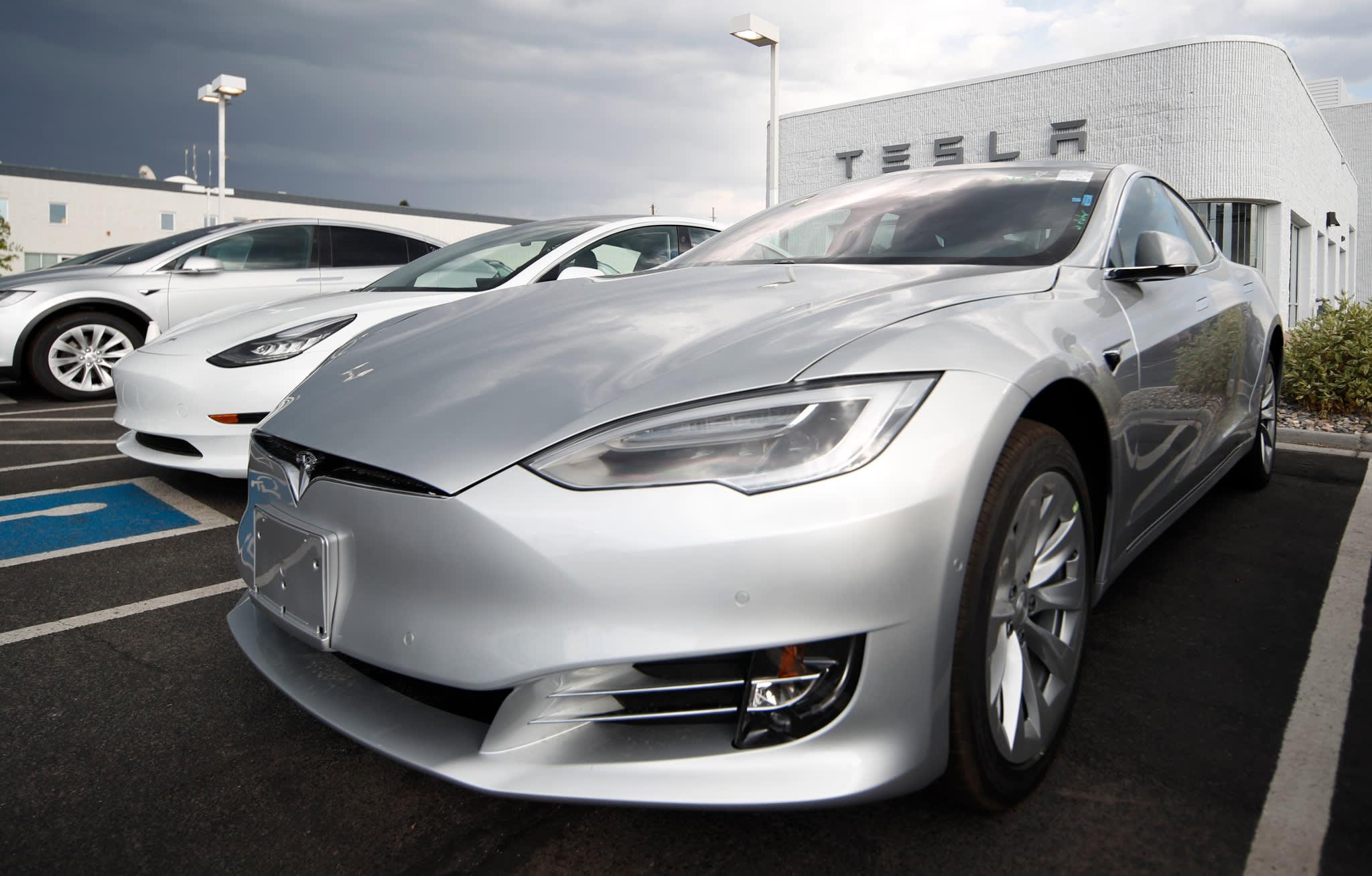 Panasonic profit sinks as Tesla partnership hits speed bump - Nikkei