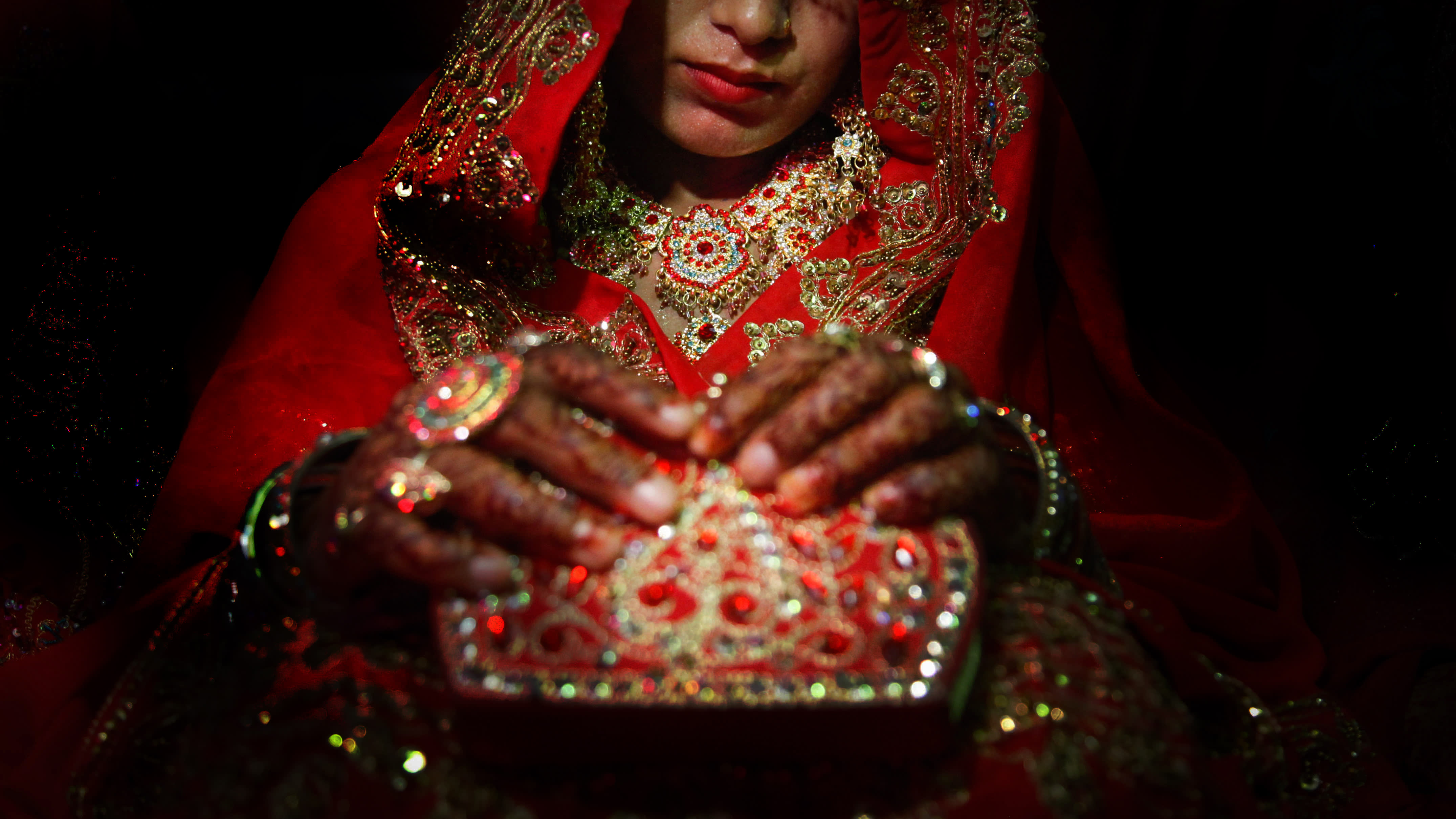 Chinese illegal marriage operators exploit young Pakistani women