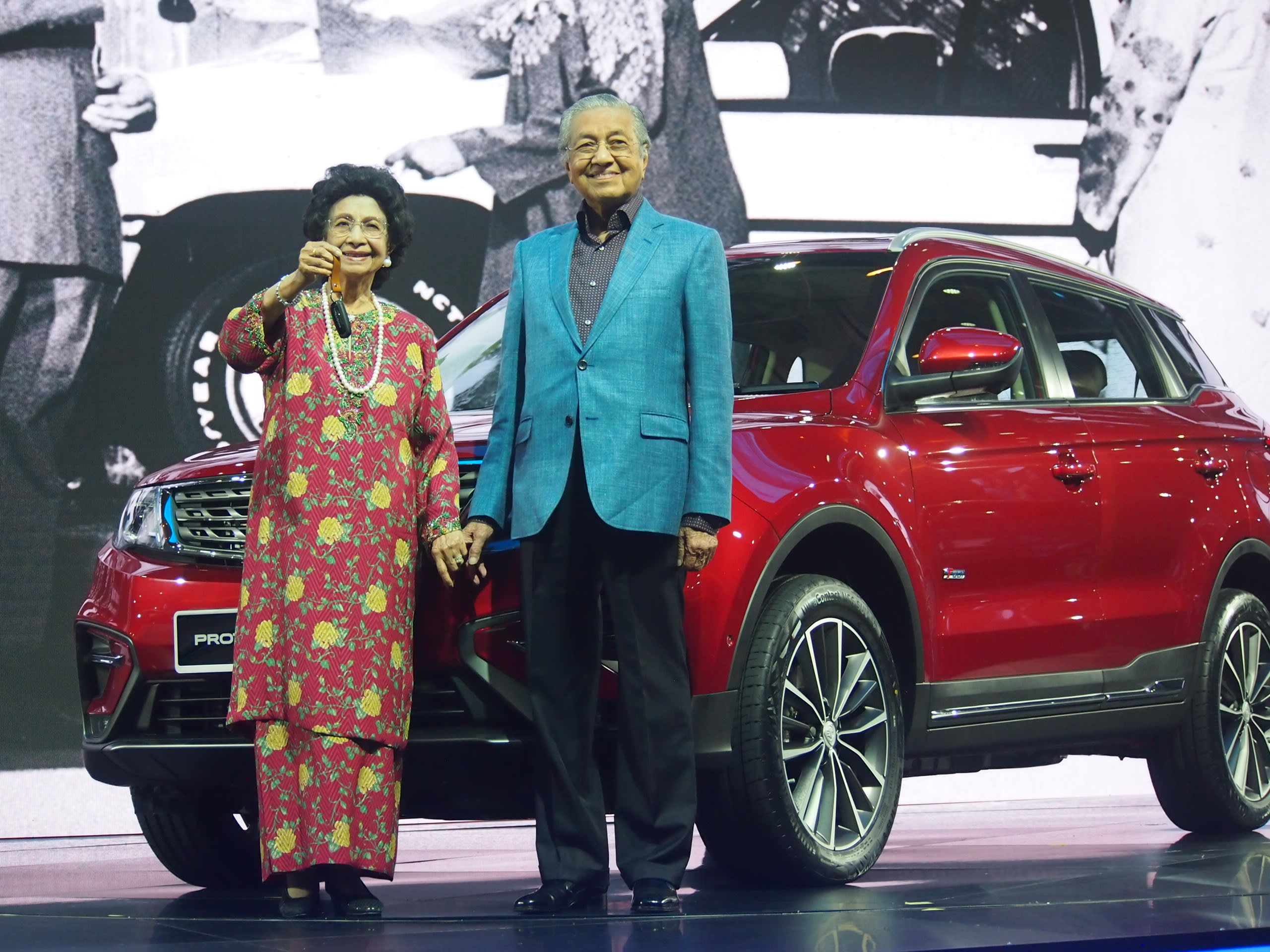Malaysian Prime Minister Mahathir Mohamad took center stage at the launch of the Proton X70 on Dec. 12, 2018. Image: CK Tan/Nikei Asian Review