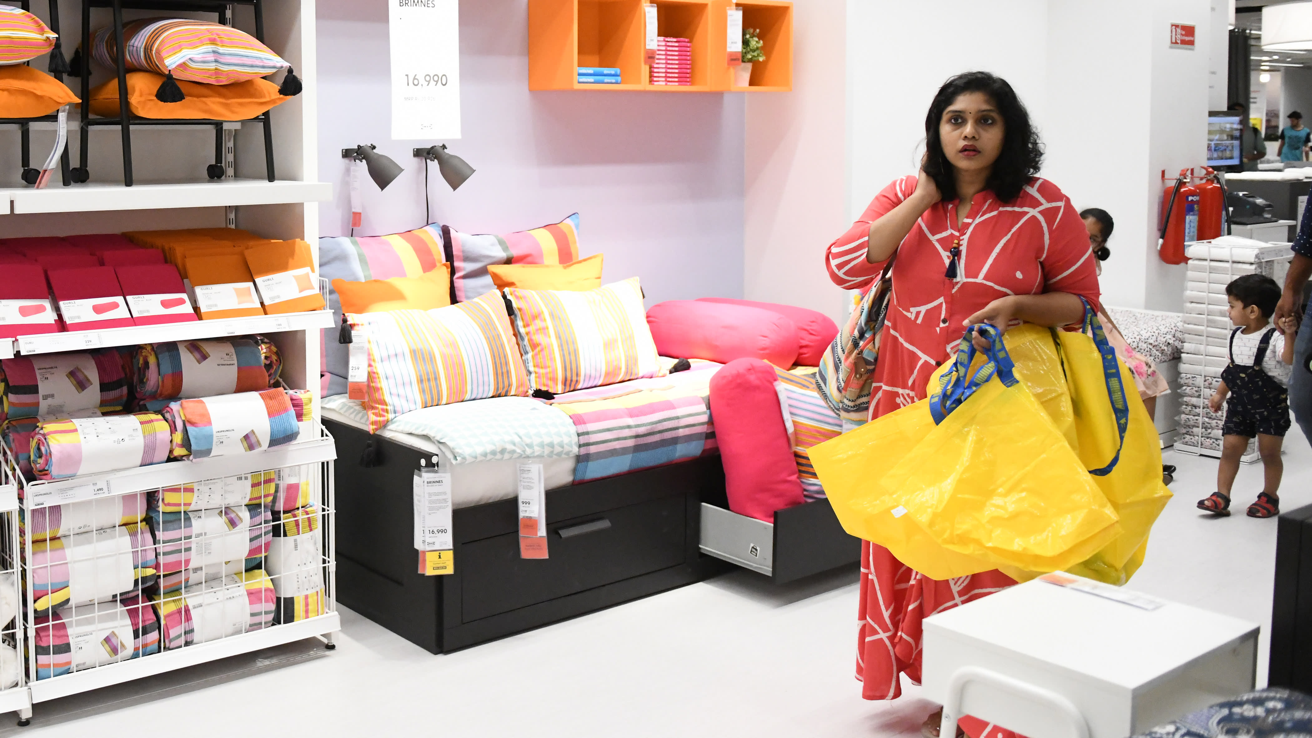 Shoppers flock to Ikea's debut Indian store - Nikkei Asian Review