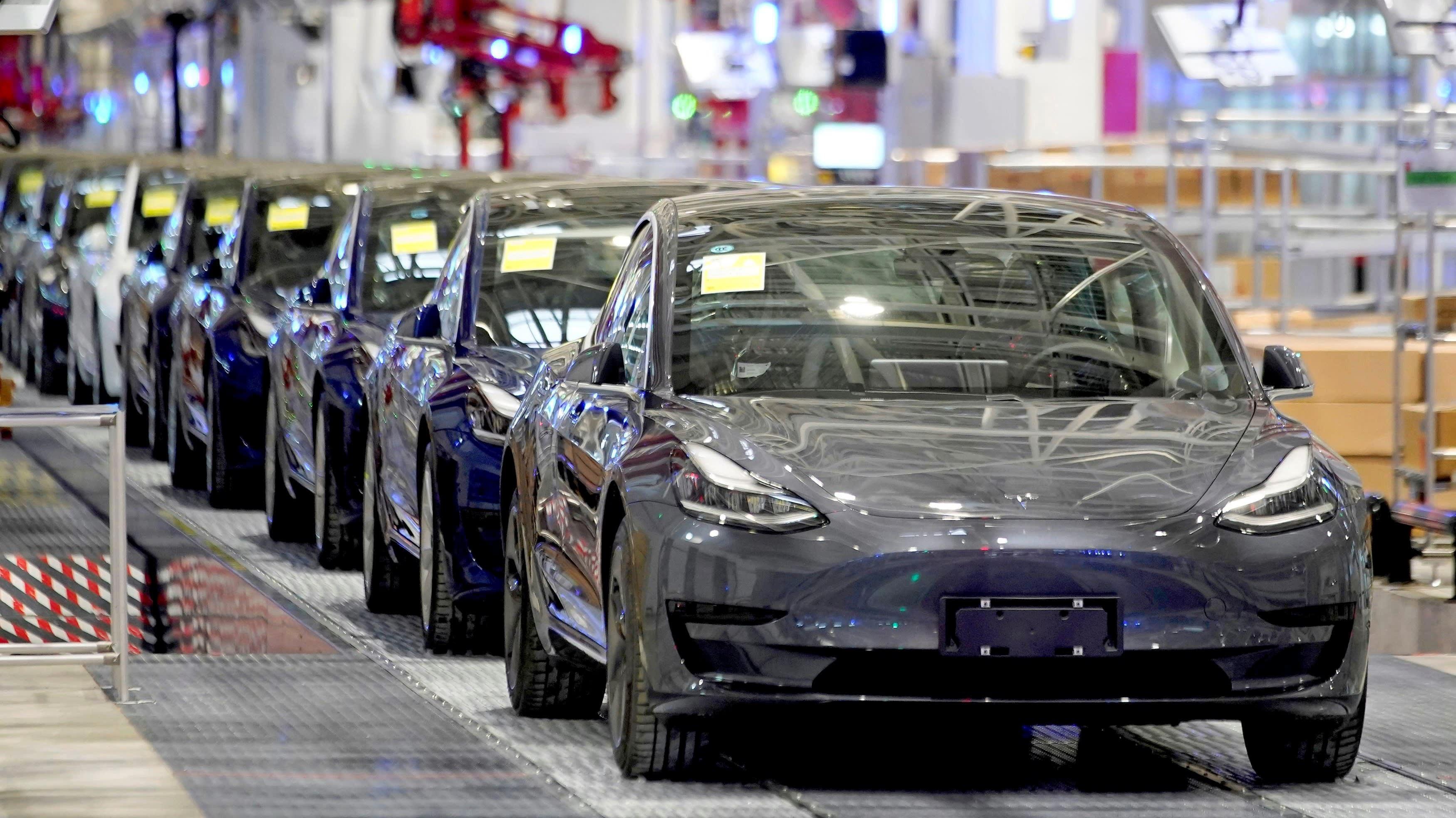 Tesla cadena en china