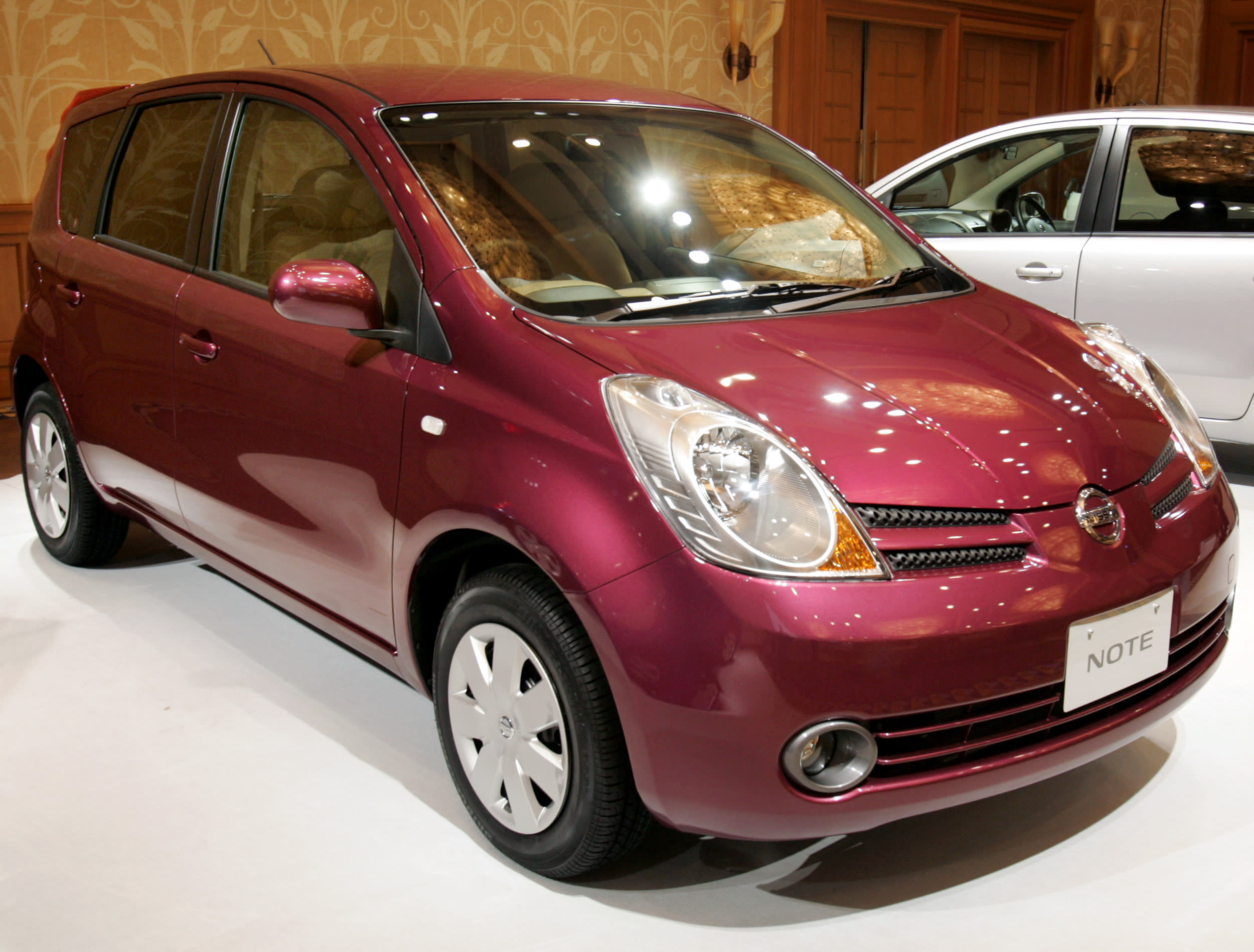 leafs sold car has nissan now than leaf more