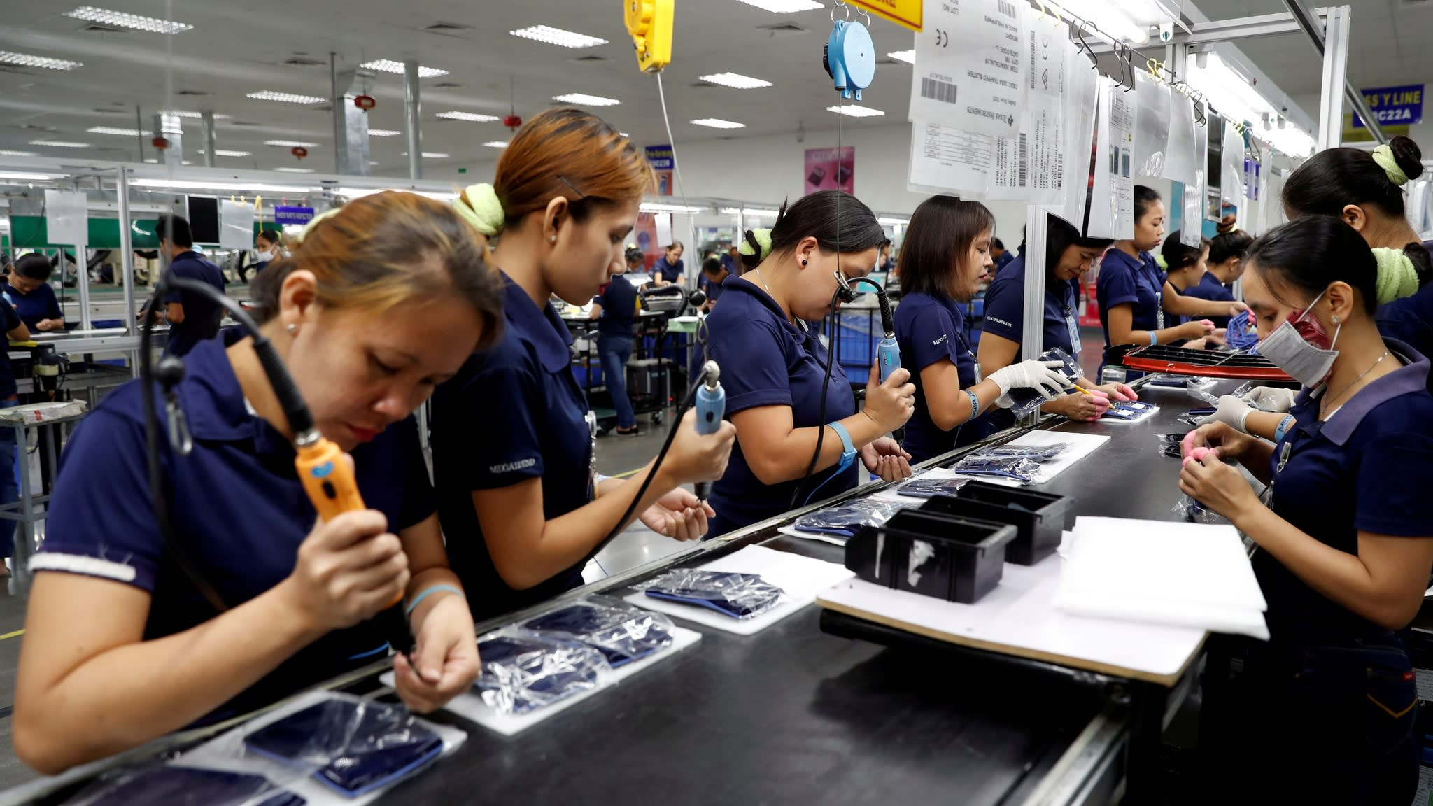 Philippines and India rise in global competitiveness
