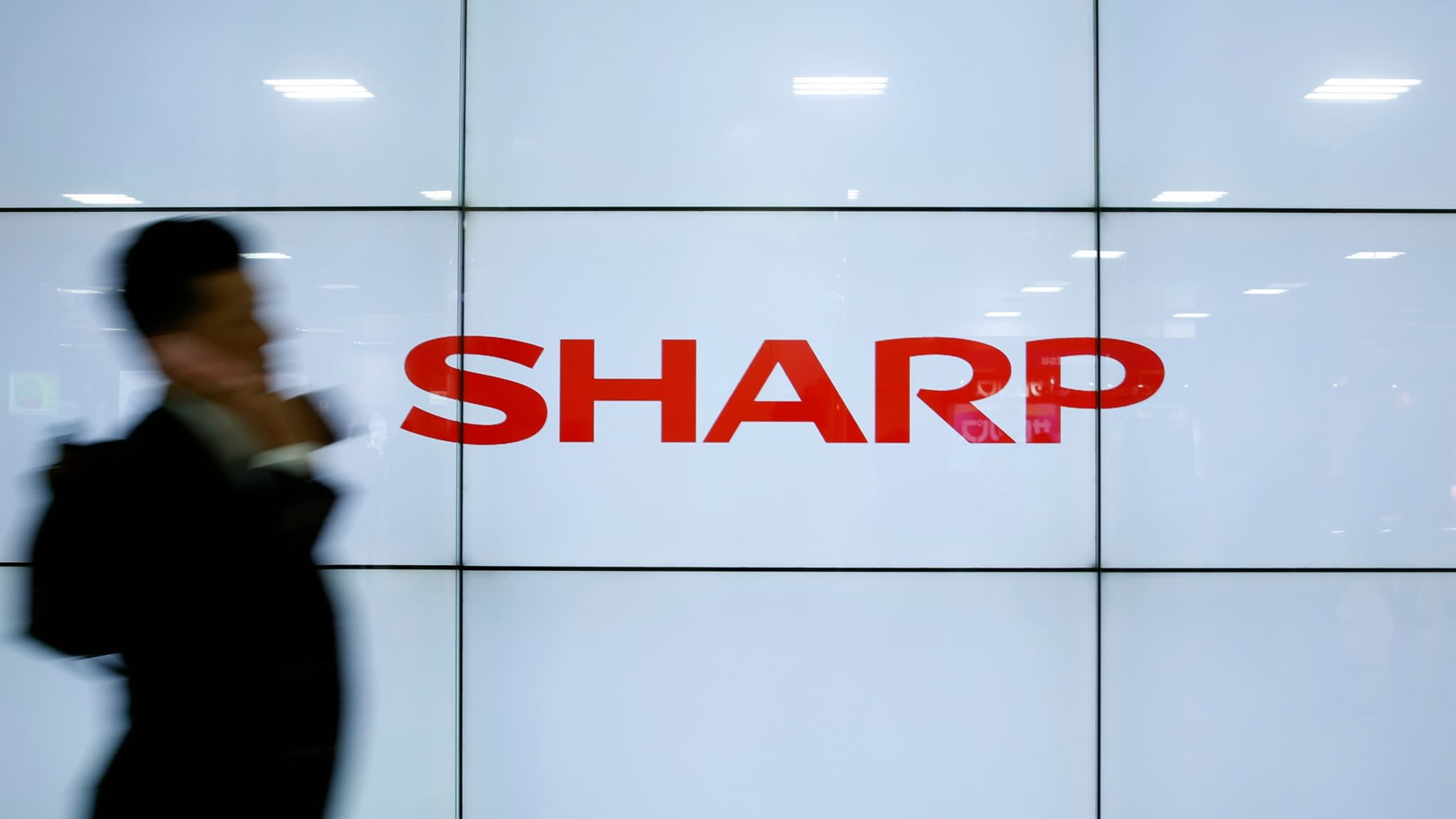 Sharp looks to re-enter American TV market this year
