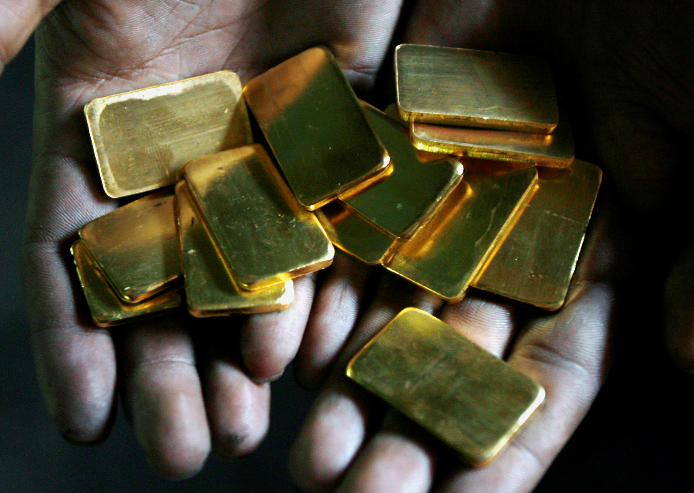 Nepal takes a central role in China-India gold smuggling