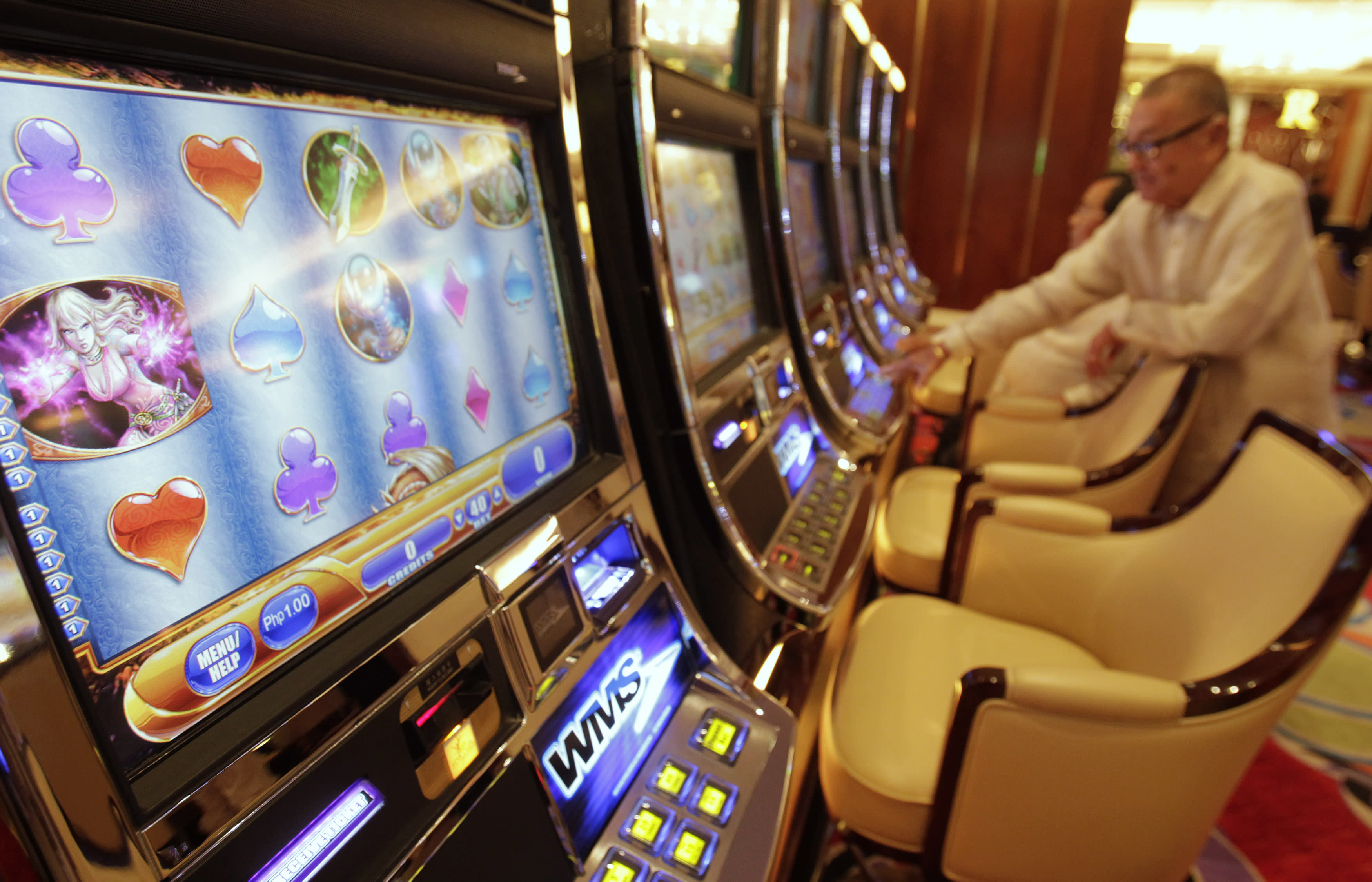Philippines Sees Gross Gaming Revenue Rising 9 4 To 3 57bn In 2018 Nikkei Asia