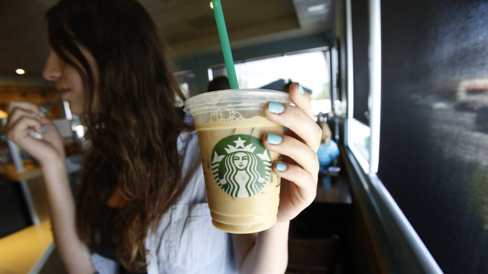 International coffee chain Starbucks will eliminate plastic disposable straws by 2020, and material makers expect more demand for eco-friendly plastics.