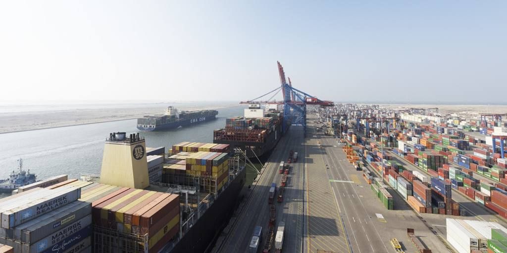 Egypt eyes Asian investment for new Suez cargo terminal - Nikkei