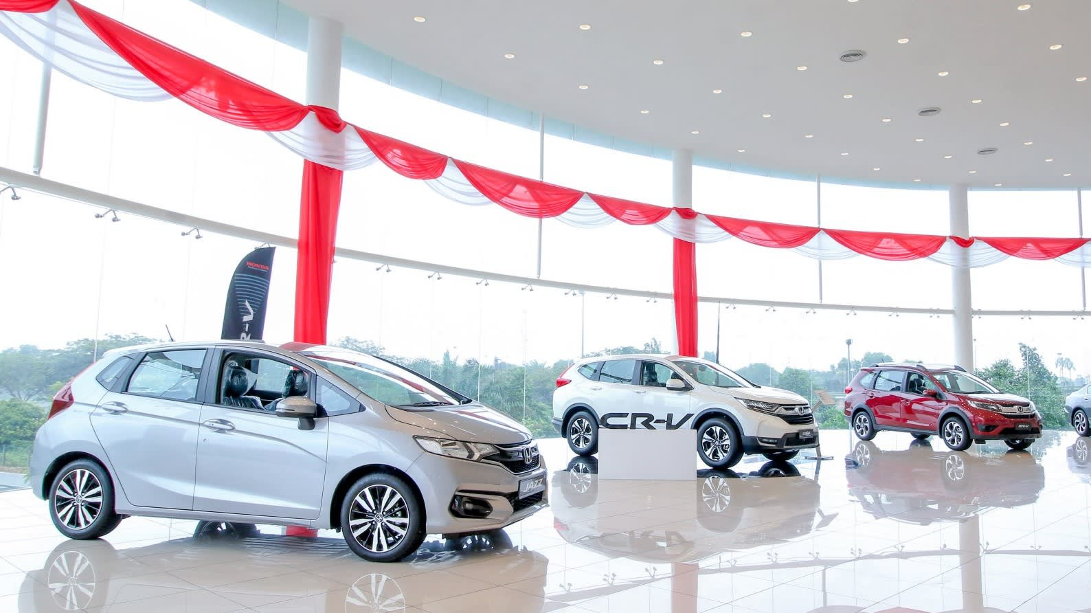 Honda Adds Sales And Service Centers In Malaysia Nikkei Asian Review - Honda center car show