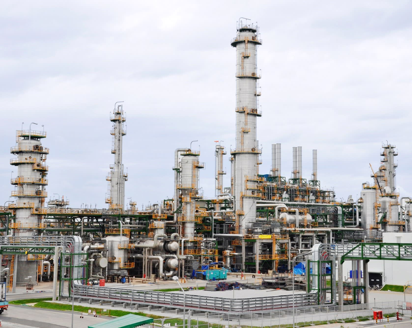 Asian energy companies boosting petrochemical outputs - Nikkei Asian