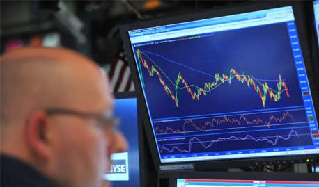 Investors flee US equities as caution grips market