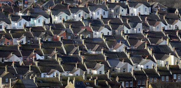 UK house prices steady in face of Brexit