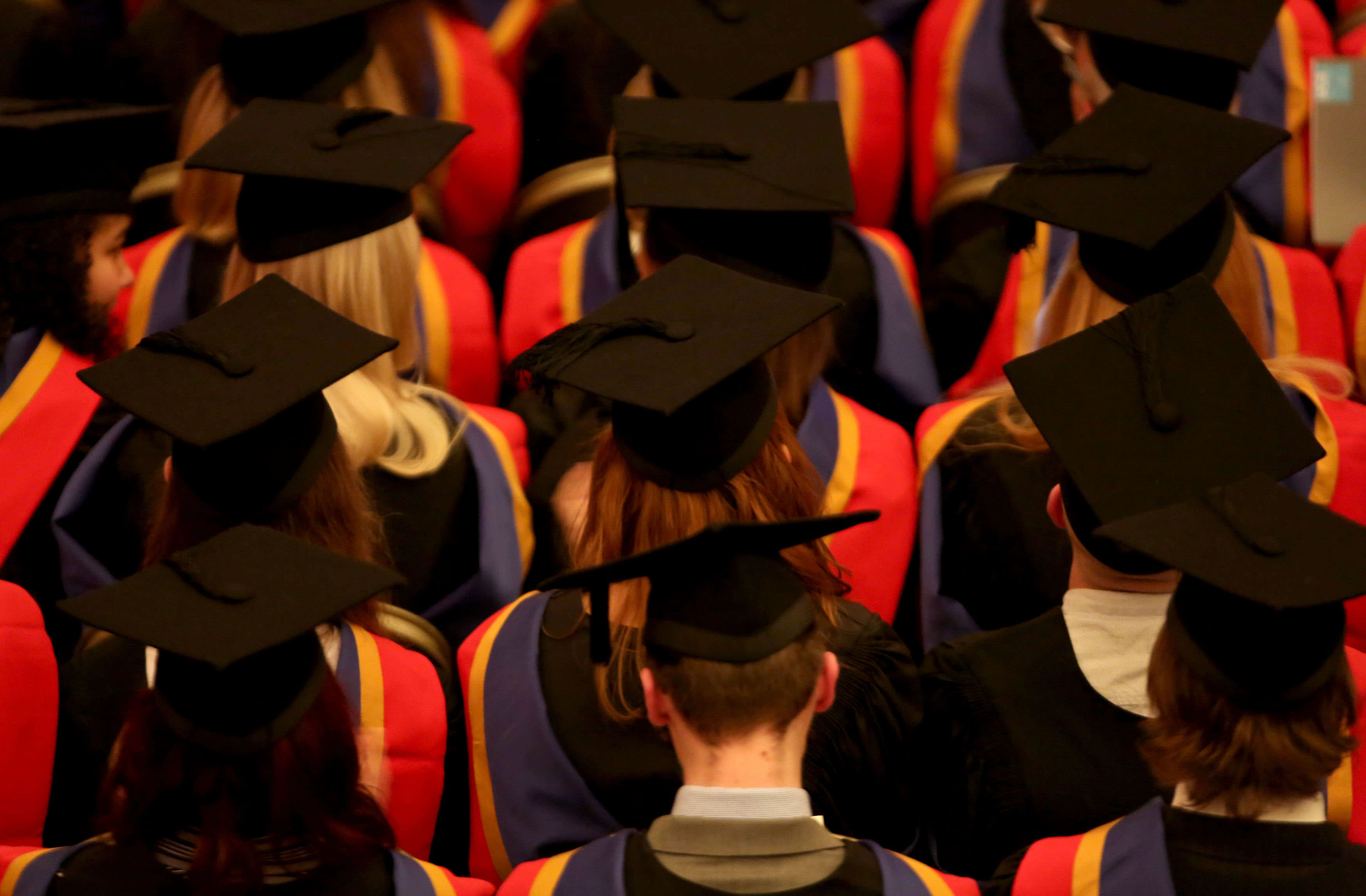 Hybrid advice will lead to higher qualifications, advisers say