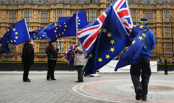 Hard Brexit could increase pension deficit by £219bn