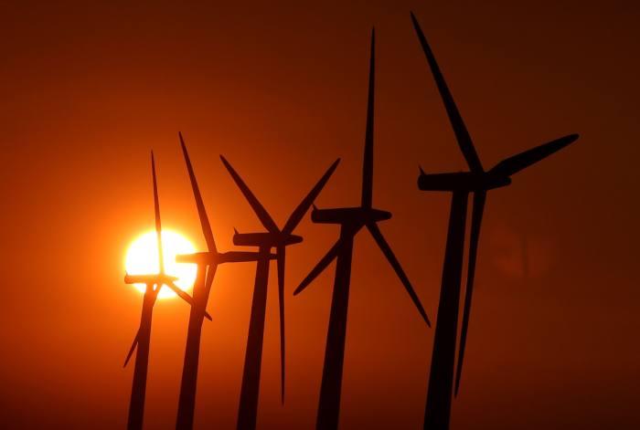Investors in renewable energy bonds set to lose £2.5m