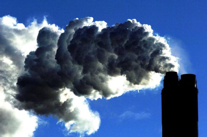 Fund giants pledge to quiz companies over climate change