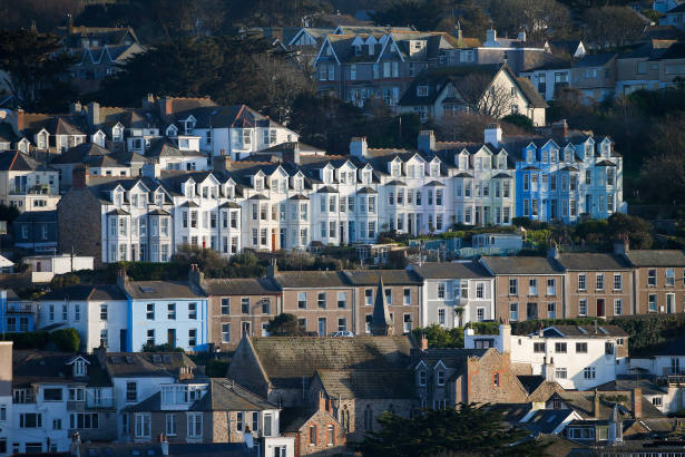 Holiday let deals rise amid predicted staycation boom