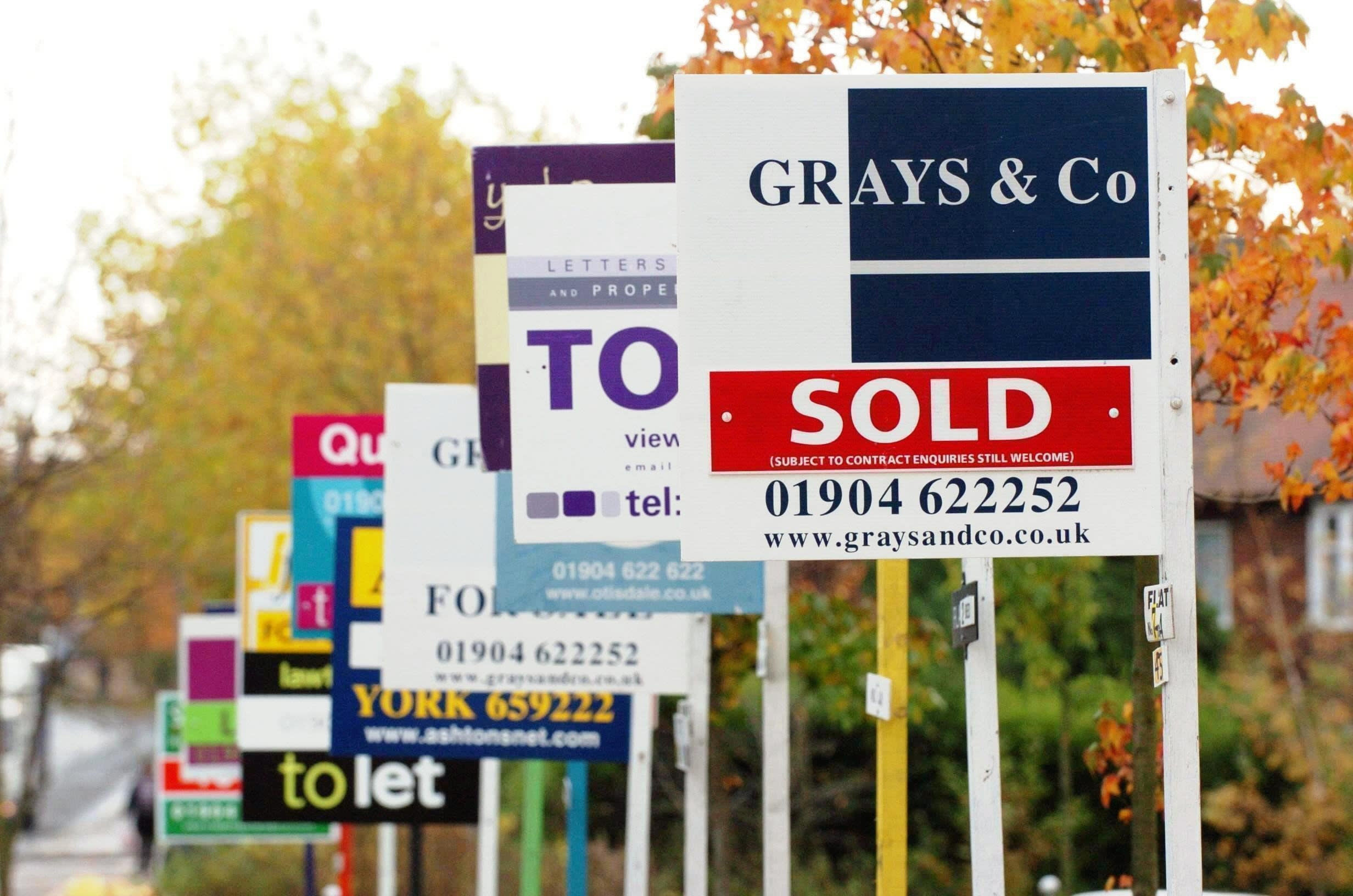 Kensington cuts rates on BTL deals