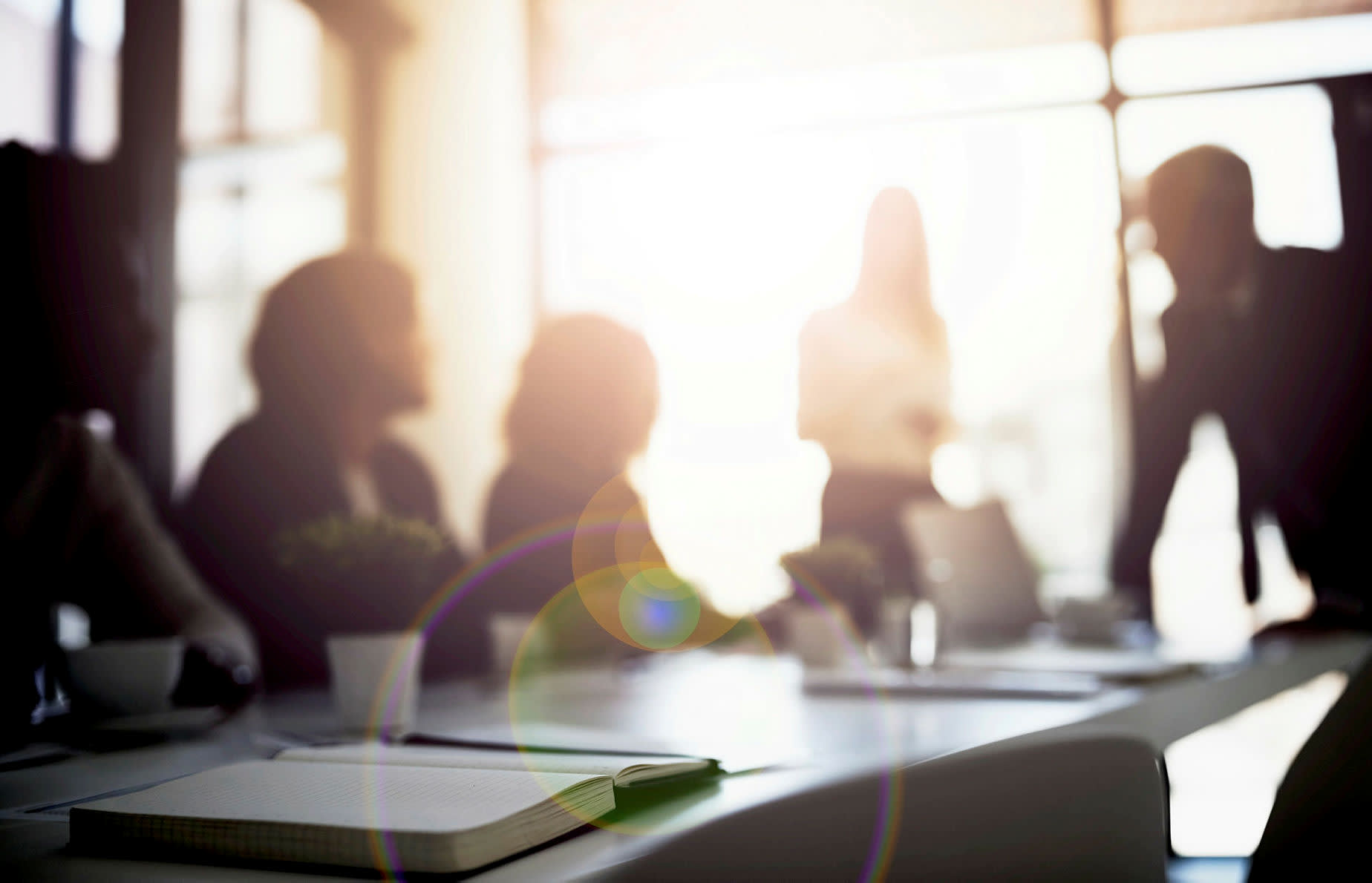 Mid-size advice firms tipped to be model of the future
