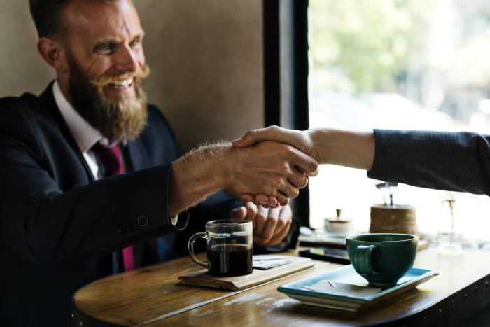 Good service is imperative for brokers to win clients